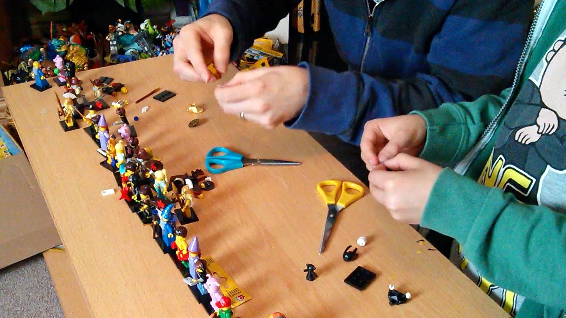 FamilyGamerTV LEGO Minifigures